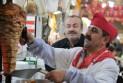 Ilustrace k článku: Další skandál s masem: norští muslimové měli v kebabu zakázané vepřové (iDNES)