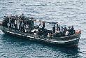Ilustrace k článku: Bitka na lodi uprchlíků, agresivní muslimové utopili dvanáct křesťanů (iDNES.cz)